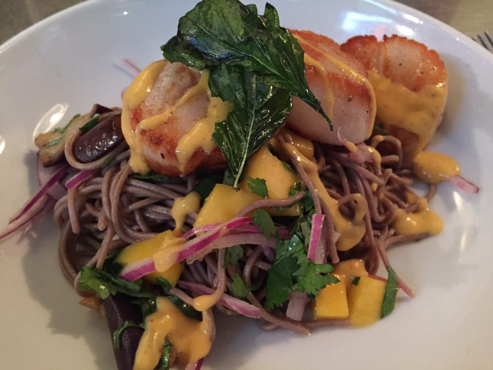 Seared scallops with mangos over cold soba noodles yelp for Marys fish camp fl