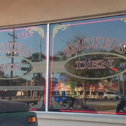 Smokers Den - CLOSED - 29140 US Hwy 19 N, Clearwater, FL