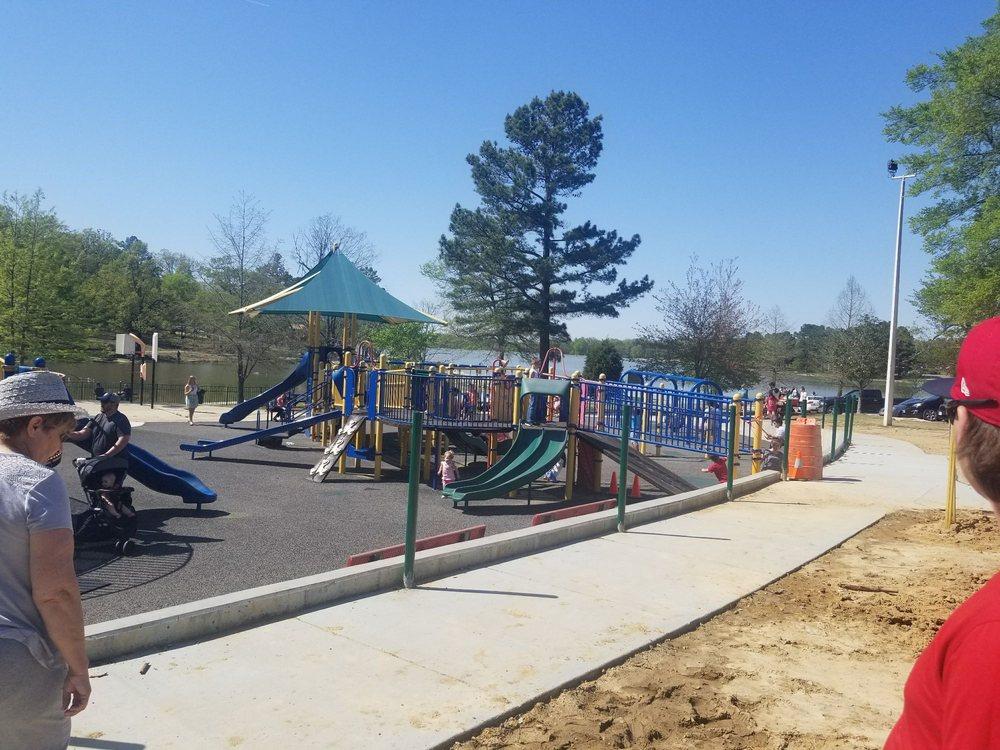 Craighead Forest Park: 4910 S Culberhouse Rd, Jonesboro, AR
