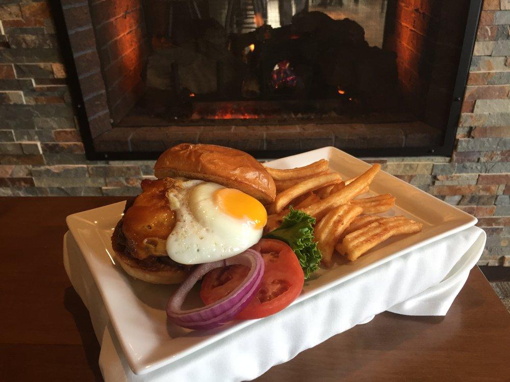 Bradley's Pub & Grille: 10586 US-Hwy 31, Interlochen, MI