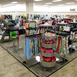 3d6e60a60af Nordstrom Rack Market Street - 96 Photos   126 Reviews - Shoe Stores ...