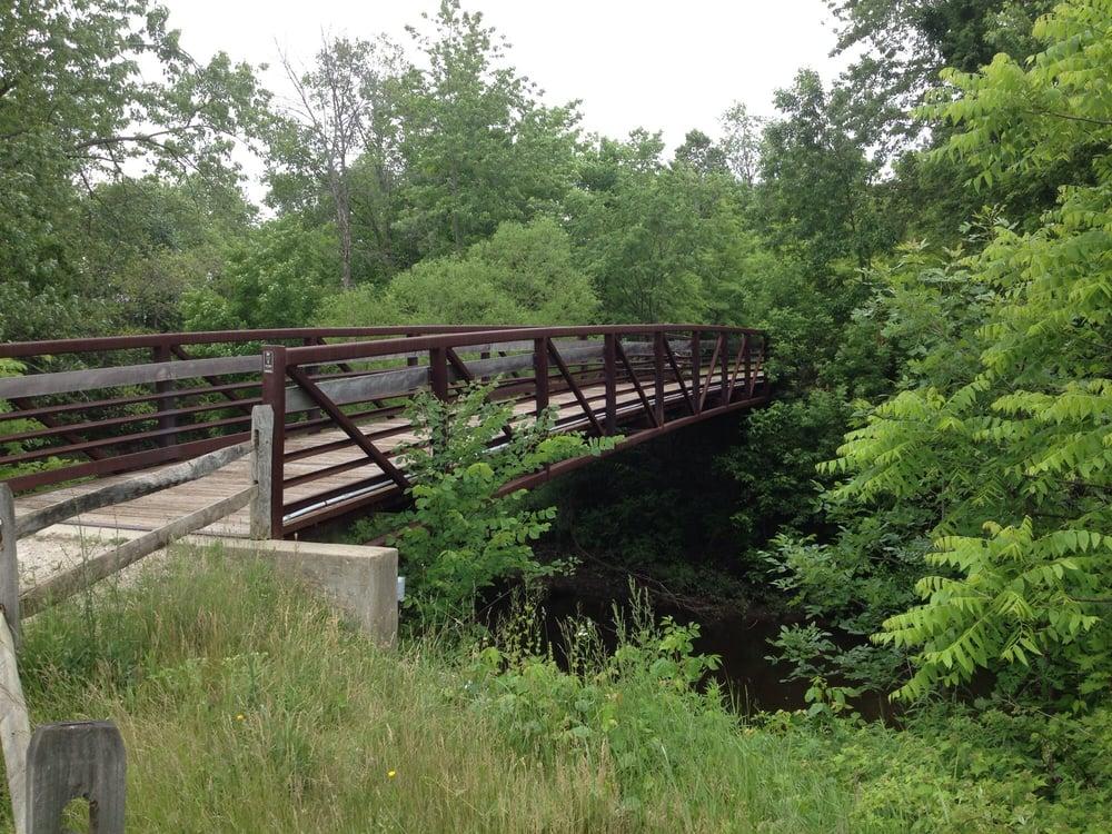 Headwaters Trail: High St, Mantua, OH