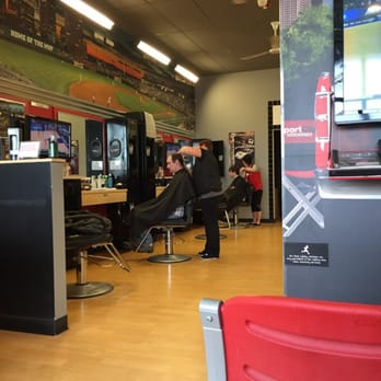 Sport Clips Haircuts Of Fort Wayne Coldwater Rd Barbers 10250