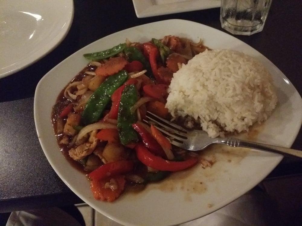Yummy Thai: 10466 Roosevelt Blvd N, Saint Petersburg, FL