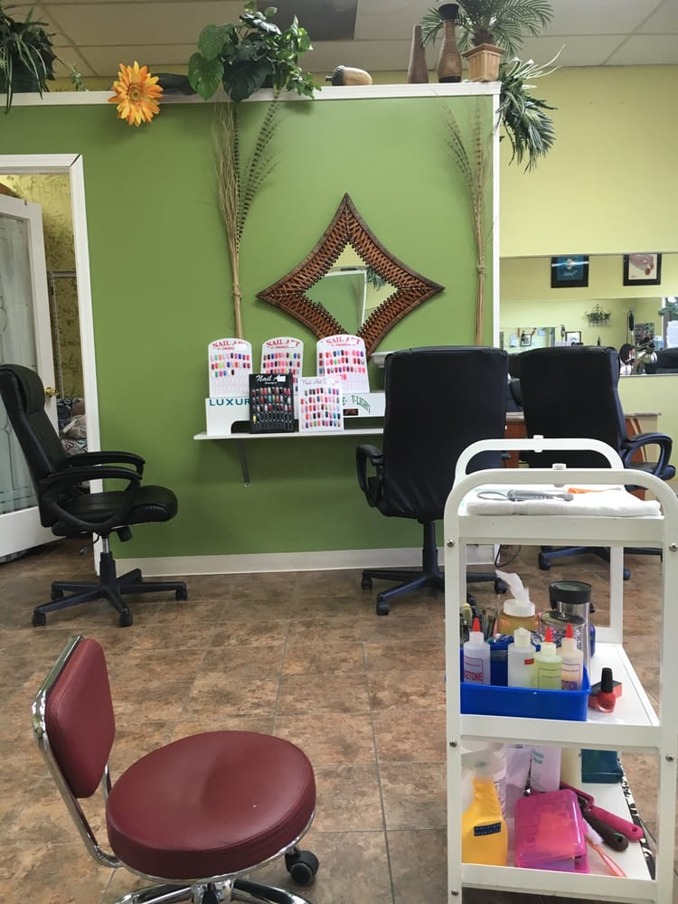 Bellevue luxury nails 19 photos 37 reviews nail for 7 salon bellevue