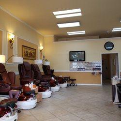 Top Nails - 155 Photos & 146 Reviews - Nail Salons - 596 Lighthouse ...