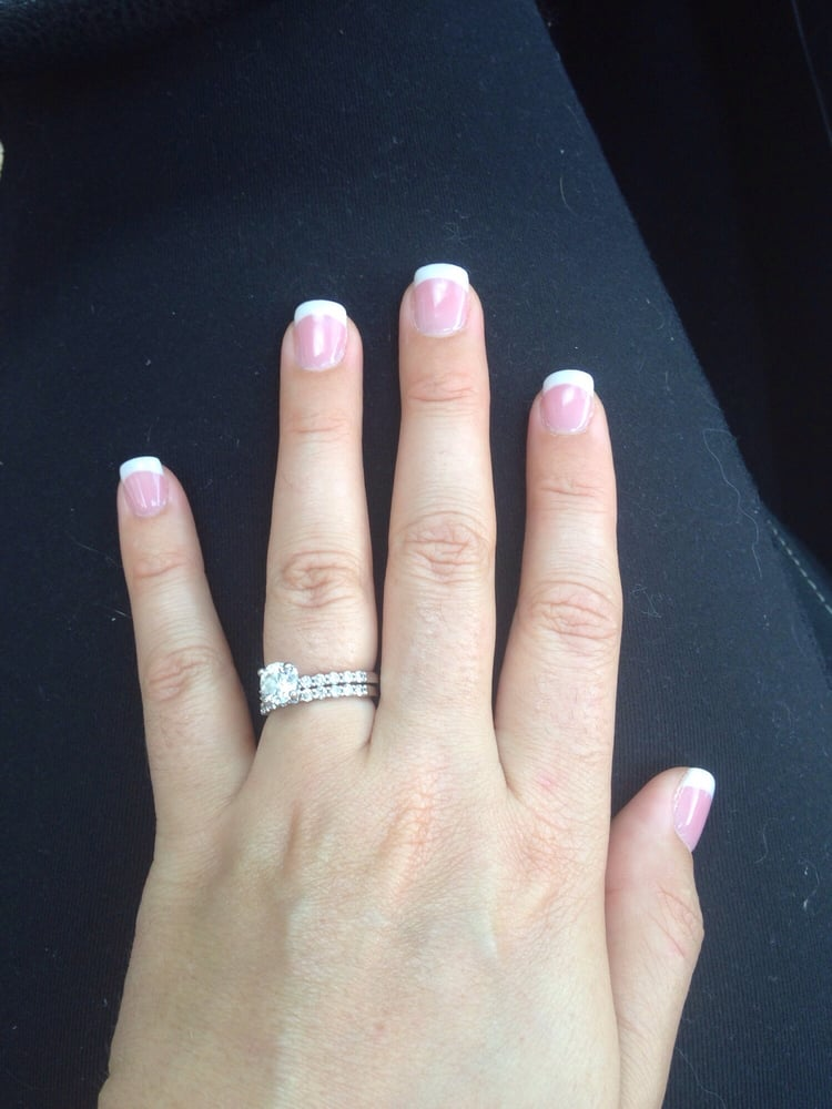 J & F Nail Salon - 12 Reviews - Nail Salons - 132 E Olentangy St ...