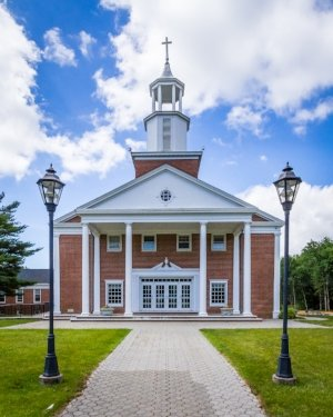 Long Hill Chapel: 525 Shunpike Rd, Chatham, NJ