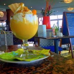 Foto zu Bistro Neptun's M - Rostock, Mecklenburg-Vorpommern, Deutschland. Vitamin - Orangen - Eisschale mit Krokant und Vita-Soße