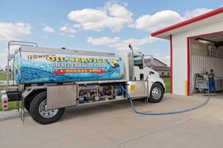 Ken's Oil Service: 703 N Center St, Forrest, IL