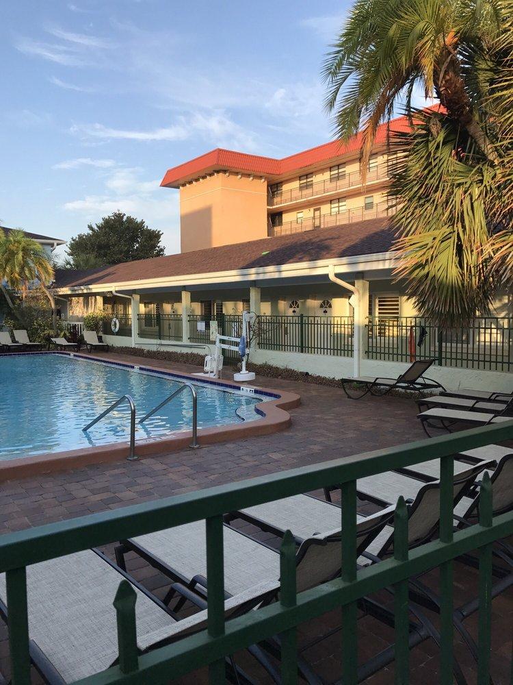 Hotel Isis Redington Shores Review