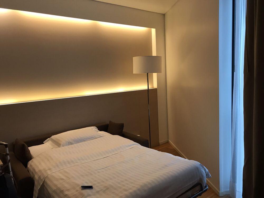 Swell King Corner Suite Sofa Bed Yelp Machost Co Dining Chair Design Ideas Machostcouk