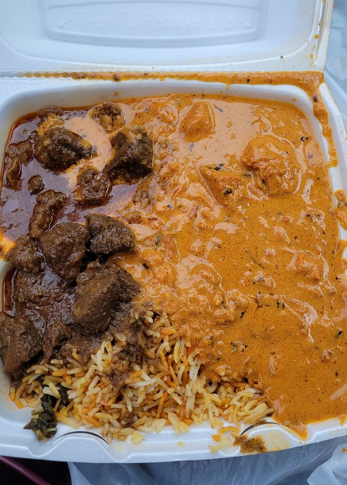 Curry In A Hurry: 2475 Grand Blvd, Kansas City, MO