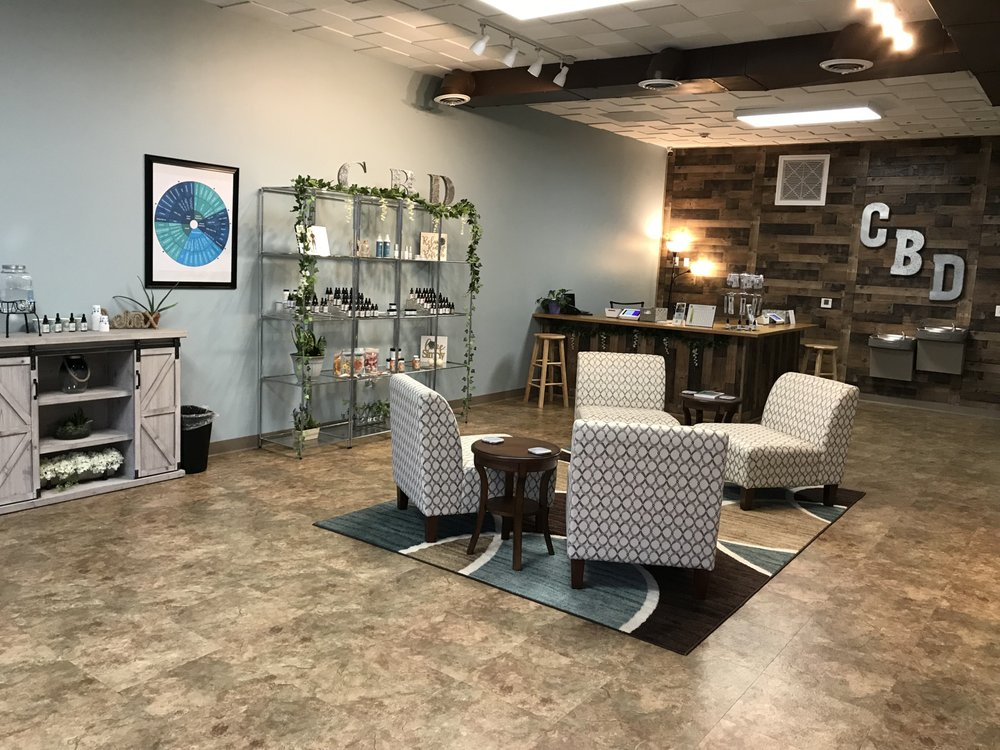 Your CBD Store - Robinson: 5992 Steubenville Pike, McKees Rocks, PA