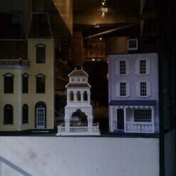 Tiny Doll House, New York – Shopikon