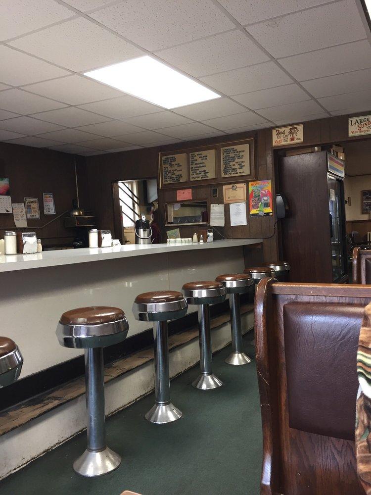 Anderson's Cozy Corner Restaurant: 416 W Washington Ave, Elmira, NY