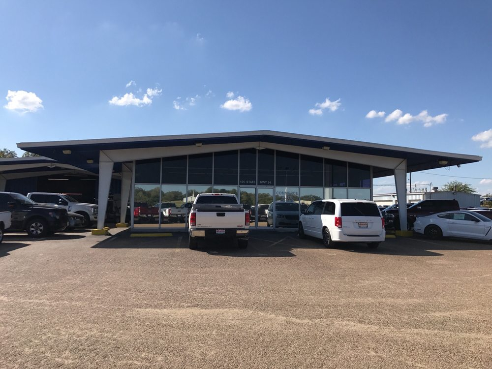 Ford Family Auto: 105 Hwy 224, Commerce, TX