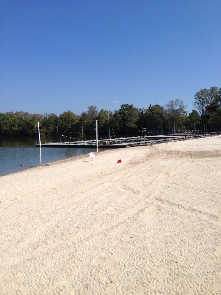 Lincoln park community lake boating comly rd lincoln for The pointe at lincoln park