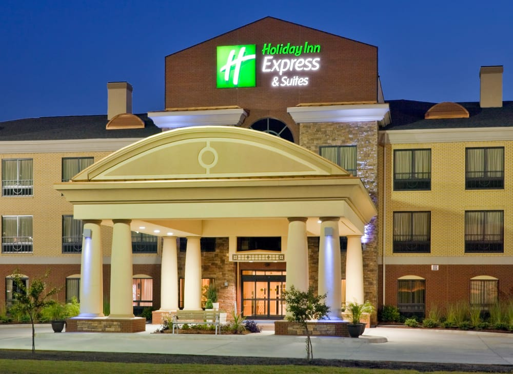 Holiday Inn Express & Suites - Greenville: 100 Paul Stabler Dr, Greenville, AL