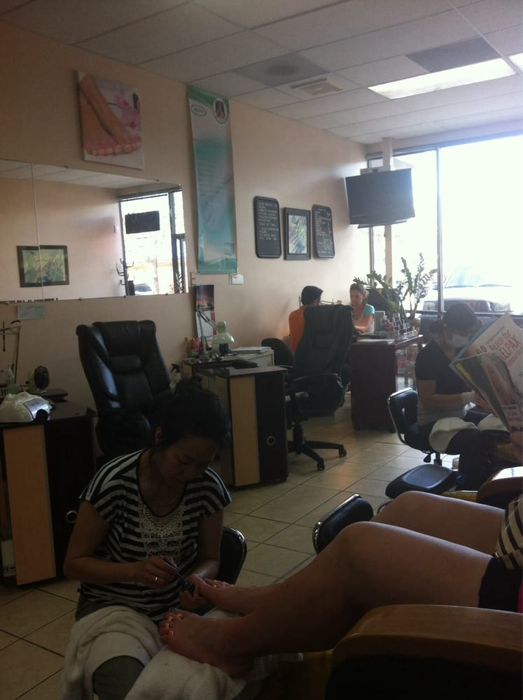 Nails boulevard 11 photos nail salons 1587 s for 24 hour nail salon brooklyn