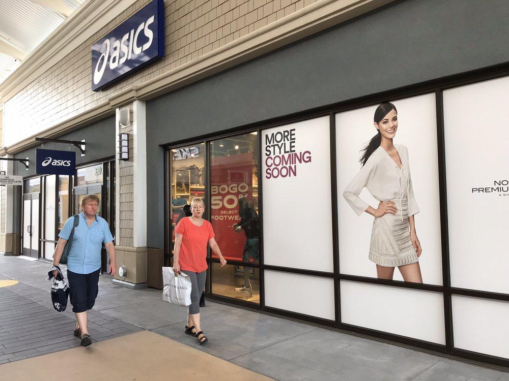 ASICS: 1600 Premium Outlet Blvd, Norfolk, VA