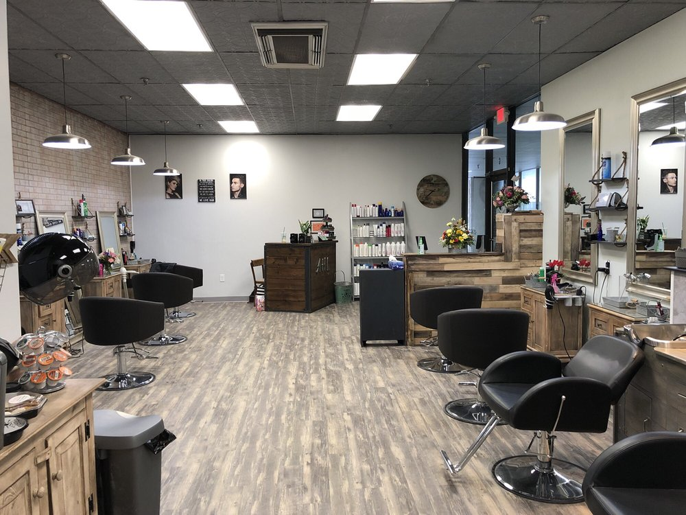 Artistic Hair Lounge: 3999 Albany Post Rd, Hyde Park, NY