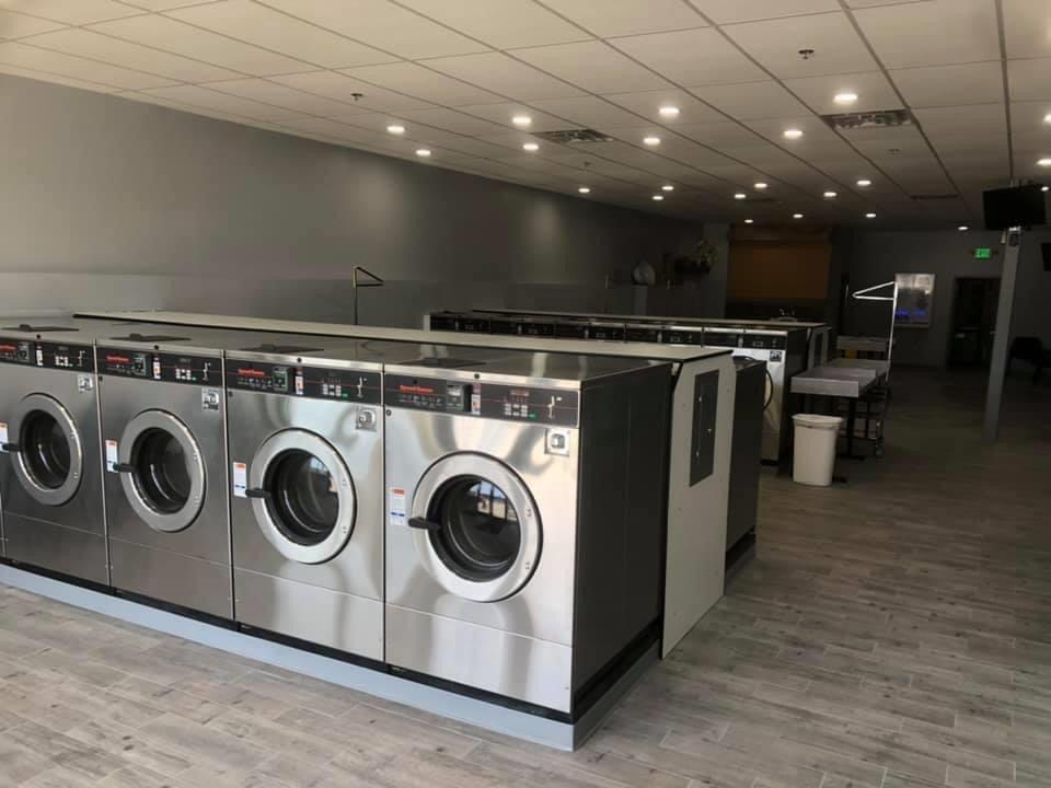 Milford Laundromat: 586 Nashua St, Milford, NH
