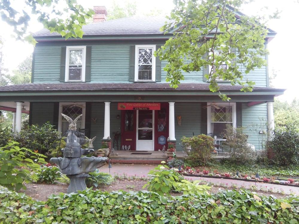 Pine Gables of Aberdeen: 134 S Pine St, Aberdeen, NC