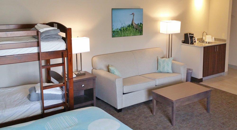 Sandhill Inn & Suites: 1519 Grande Ave, Monte Vista, CO