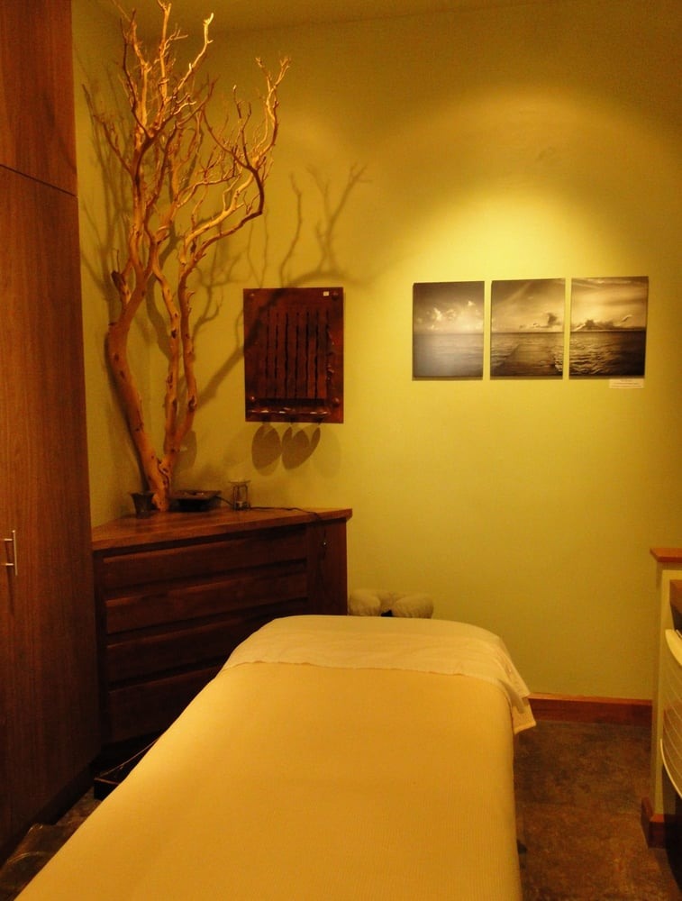 Massage Therapy Room Design Ideas: Arcadia Spa & Home Massage Room/Treatment Room