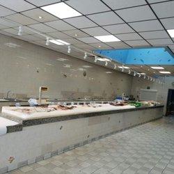 Angela fish market 17 kuvaa kalakaupat 109 adams st for Fish market newark nj
