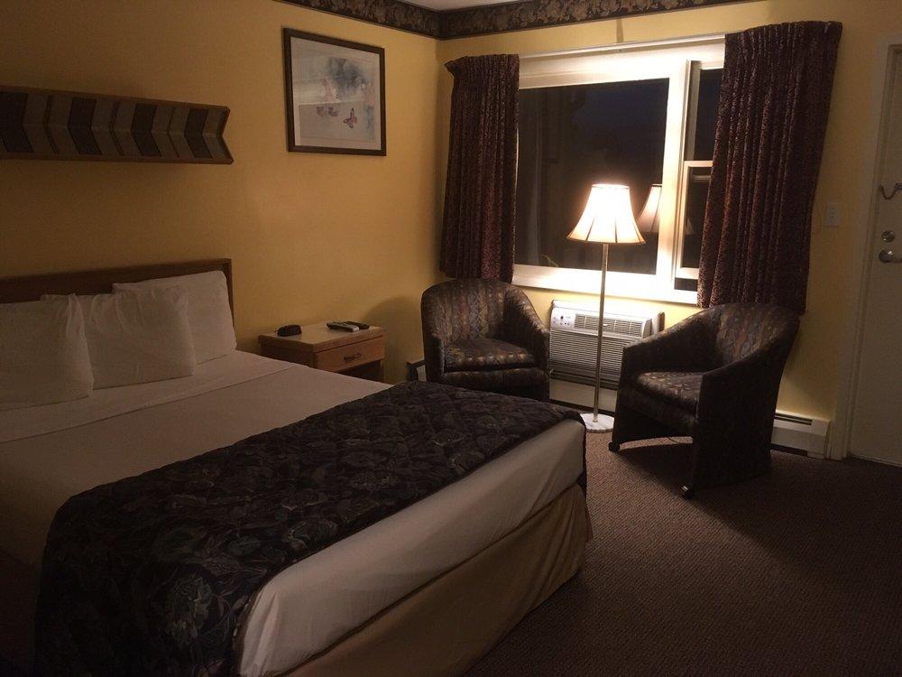 Ridgemont Motel: 637 US Hwy 15, South Williamsport, PA