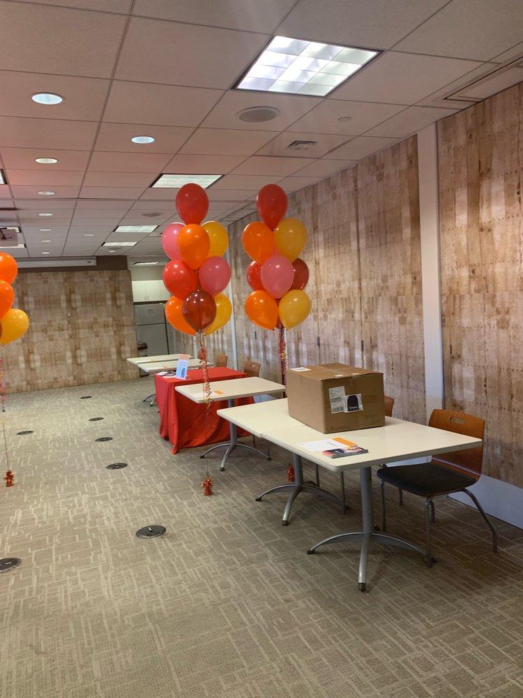 Balloons: Danbury, CT
