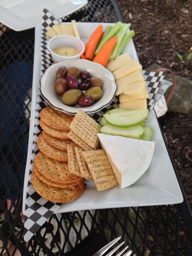 Olive's Eatery: 25 Syracuse St, Baldwinsville, NY
