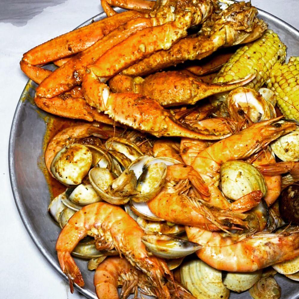 Rocking Crab: 8635 Blanding Blvd, Jacksonville, FL