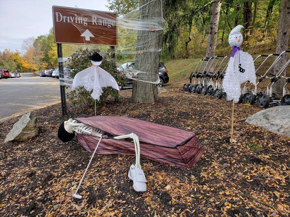 Sprain Lake Golf Course: 290 E Grassy Sprain Rd, Yonkers, NY