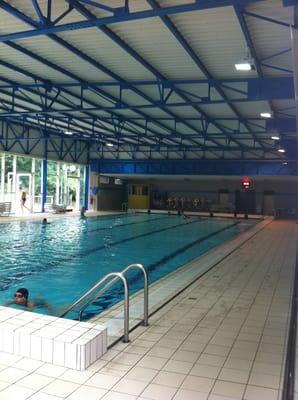 Piscine fernand blanluet swimming pools rue jean for Piscine 25m