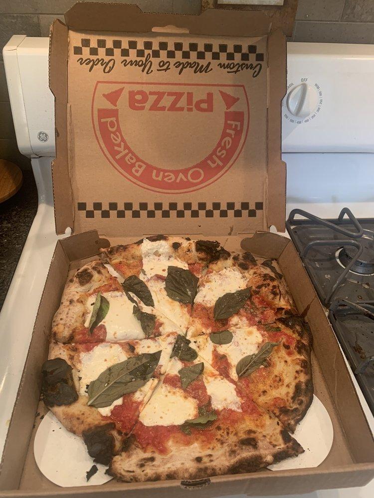 Baci Trattoria & Pizzeria: 2150 Albany Post Rd, Montrose, NY