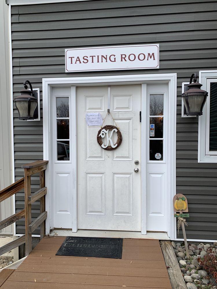 Kedem Winery Tasting Room: 1519 Rte 9W, Marlboro, NY