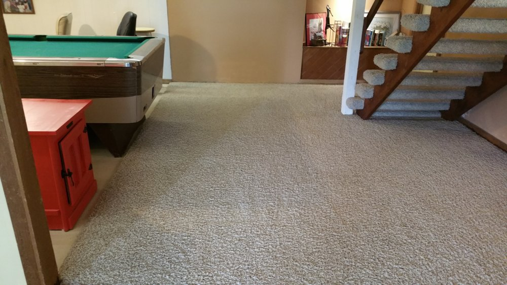Cleaning Edge: 109 SW Crosscreek Dr, Grain Valley, MO