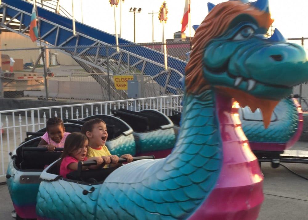 Grady's Family Fun Park: 1501 Morrissey Dr, Bloomington, IL
