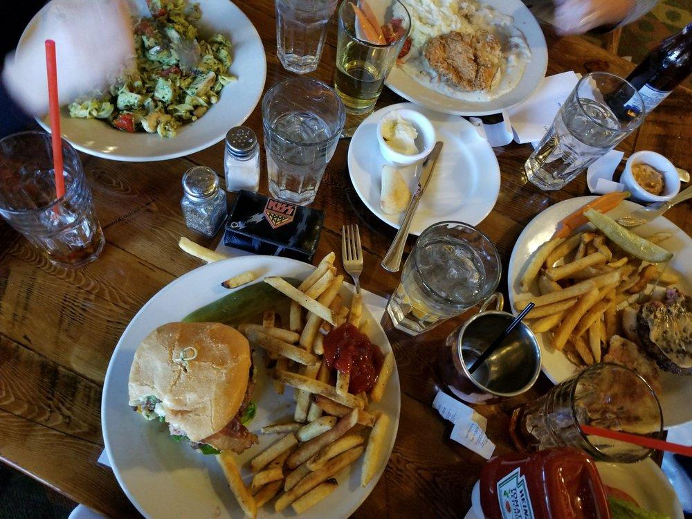 Cedar Breaks Bar & Grill: 223 Hunter Ridge Rd, Brian Head, UT