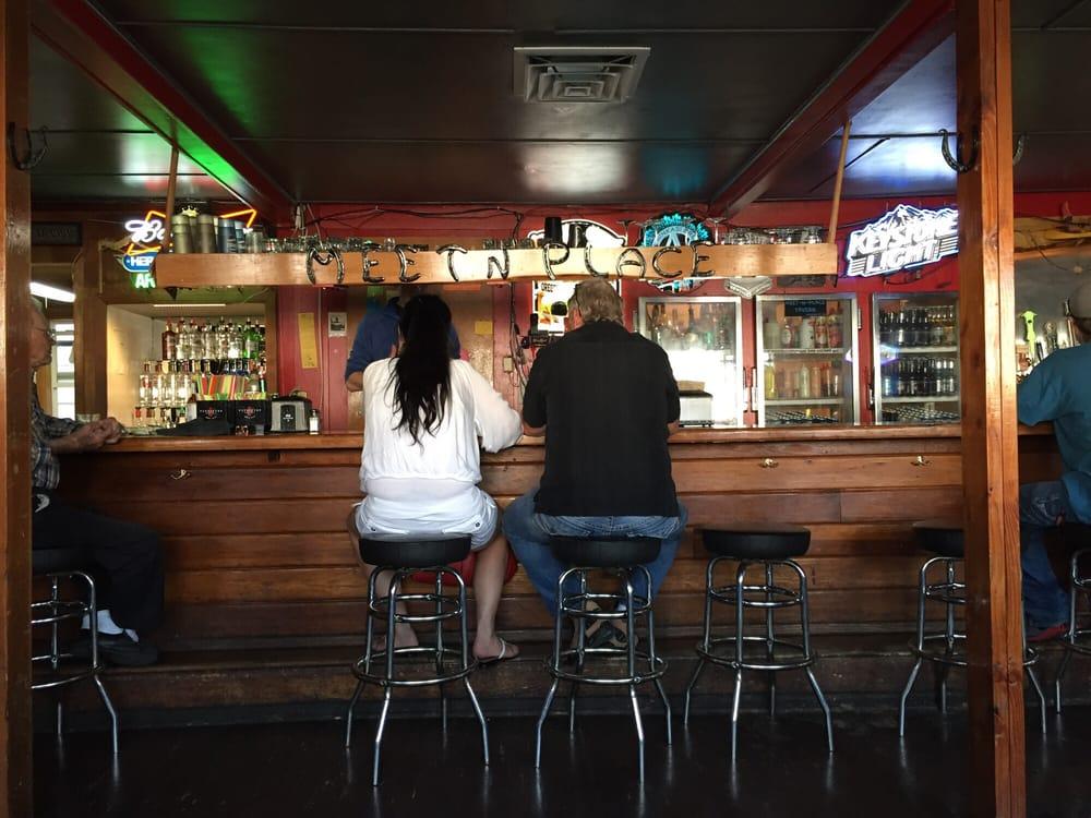 Meet'n Place Tavern: 1150 Main St, Philomath, OR