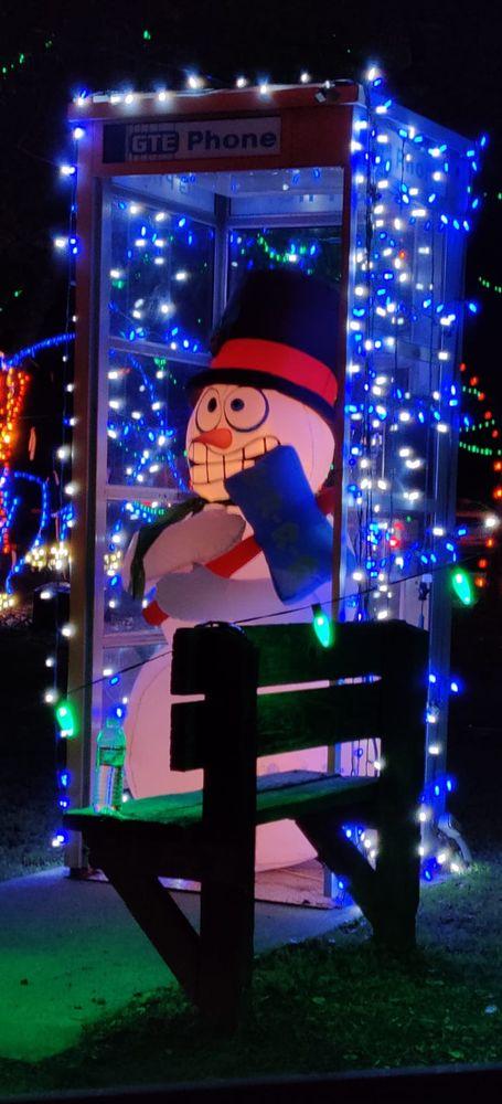 Fantasy of Lights: 333 Blossom Hill Rd, Los Gatos, CA