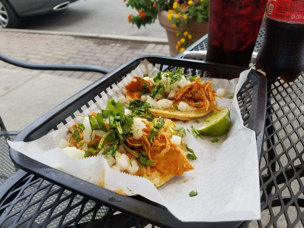La Mexicana Restaurant & Grocery