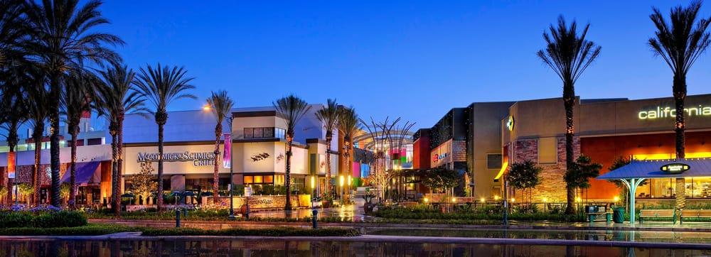 Restaurants In Garden Walk Anaheim: Anaheim GardenWalk Parking Garage