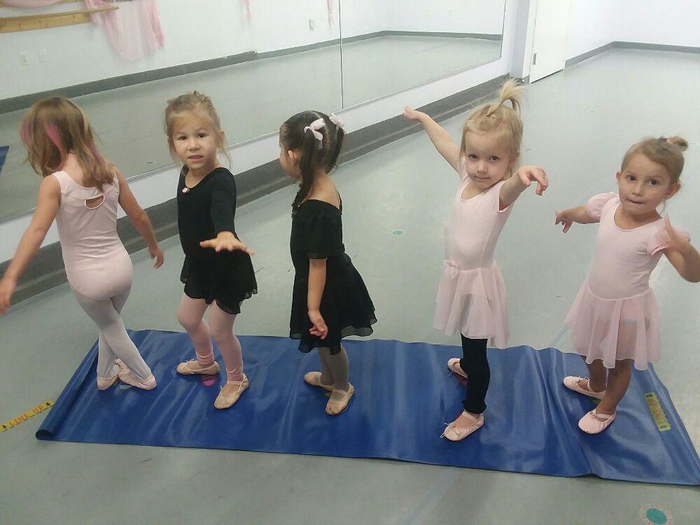Applause Dance Studio