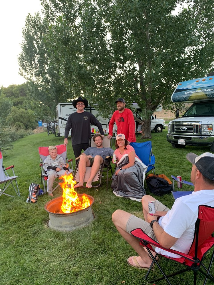 Crystal Springs Campground: 3369 US-30, McCammon, ID