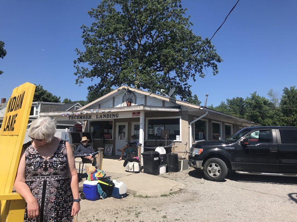 Tecumseh Landing: 10551 County Road 286, Huntsville, OH