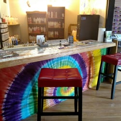 Photo Of Hippie And The Hound Vapor Store Lounge   Erie, PA, United States  ...